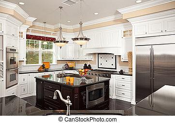 Hermoso interior de cocina