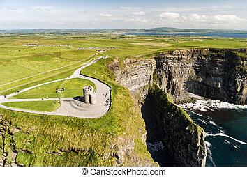 hermoso, irlandés, aéreo, route., famoso, moher, clare, condado, campo, zángano, atlántico, ireland., manera, mundo, salvaje, ojo, acantilados, aves, paisaje, vista