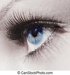 Hermoso ojo de mujer