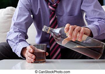 hombre de negocios, alcohólico