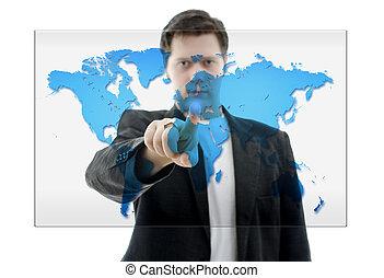 Hombre de negocios empujando una interfaz de pantalla con el mapa del mundo. Aislado en blanco.