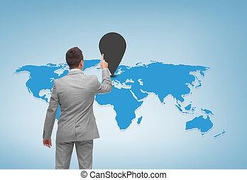 Hombre de negocios señalando a Mark en el mapa mundial