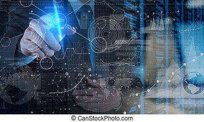 Hombre de negocios trabajando con tecnología moderna y efecto de capa digital como concepto de estrategia de negocios