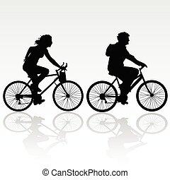 Hombre y mujer en bicicleta