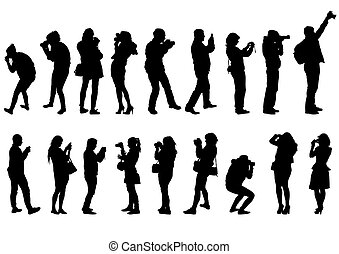 Hombre y mujeres con cámara