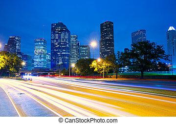 Houston Texas Skyline al atardecer con semáforos