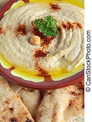 Hummus bi tahini vertical