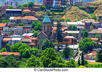Iglesia ortodoxa en el viejo distrito de Tbilisi, capotal de Georgia.