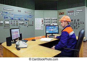 Ingeniero en el lugar de trabajo