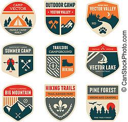 insignias de campamento de retro