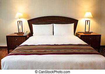 Interior de confortable habitación de hotel