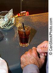 Jack y coca en el bar