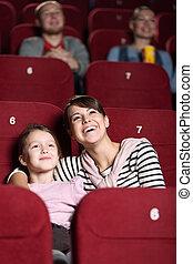 Jovencita en la película