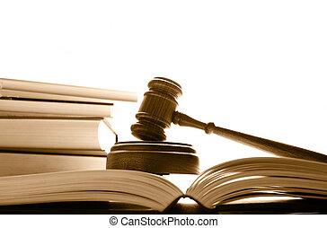 jueces, tribunal, libros, encima, martillo, blanco, ley
