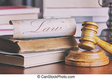 juez, viejo, martillo, libro