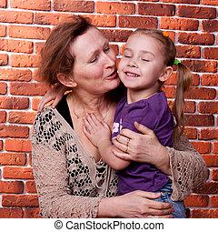La abuela con su nieta