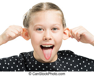 La chica muestra lengua