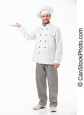 La cocinera atractiva