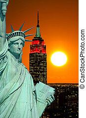 La estatua de la libertad y la ciudad de Nueva York