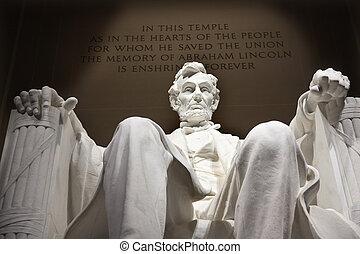 La estatua de Lincoln blanco cierra Washington DC