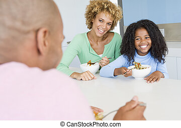 La familia come comida, comida juntos