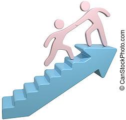La gente ayuda a unirse a las escaleras de flechas