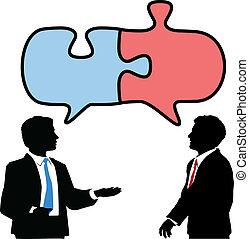 La gente de negocios conecta charlas de rompecabezas