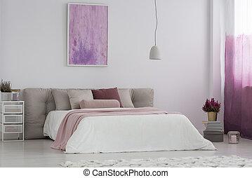 La habitación de la chica con pintura rosa