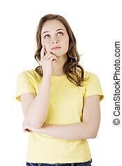 La hermosa adolescente está pensando