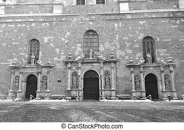 La iglesia de St. Peter en riga.