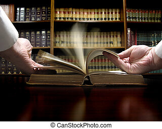 La mano del libro de leyes