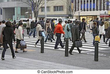 La multitud