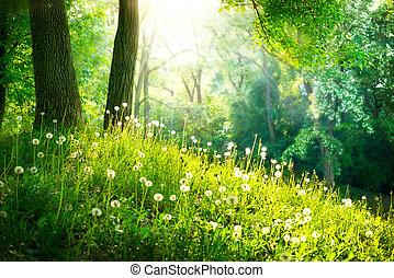 La naturaleza primaveral. Hermoso paisaje. Hierba verde y árboles