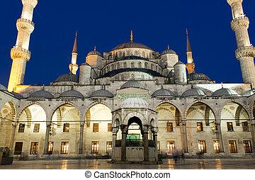 La noche de la mezquita Sultanahmet