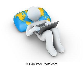 La persona con portátil está mirando internet