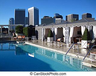 La piscina en el techo