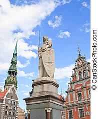 La plaza del ayuntamiento, la estatua de Roland, la casa de los negros,