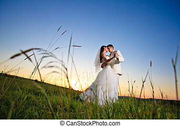 La puesta de sol de la boda