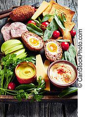 labrador, vertical, tabla, almuerzo, de madera