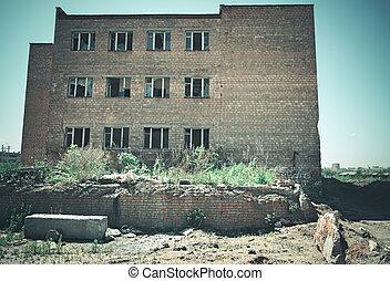 ladrillo, fábrica, rojo, vidrio, multi-story, edificio abandonado, roto, windows.