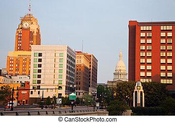 Lansing, Michigan al amanecer