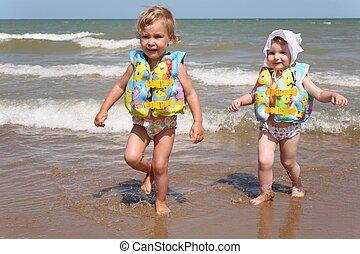 Las hermanas dejan el mar