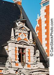latvia., esculturas, pueblo, schwabe, vestíbulo, leones, casa, cuadrado, ventana, cierre, fachada, riga