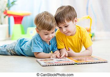 leer, libro, niños, hermanos, hogar