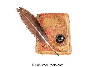 Libro viejo, pluma y tinta negra