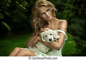 Linda jovencita y un perrito