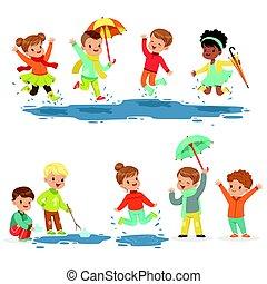 Lindos niños sonrientes jugando en charcos, listos para diseño de etiquetas.