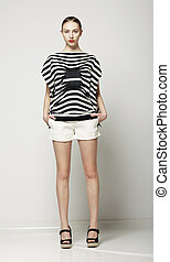 lleno, calzoncillos, shirt., moderno, gris, colección, longitud, mujer, moderno, rayado, casual