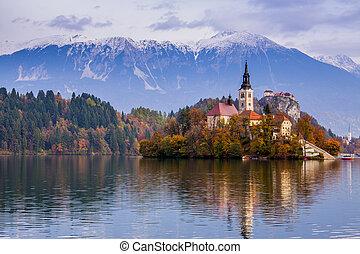 Lleno de lago, eslovenia, Europa