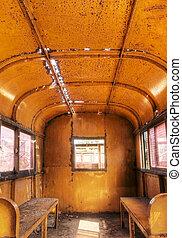 lnterior del viejo tren